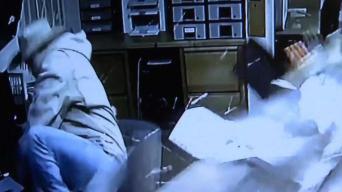 Captado en cámara: conductor choca con hotel