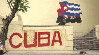EEUU deporta a más de 100 cubanos a La Habana