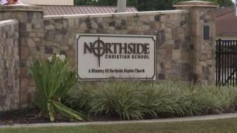 Escuela se inunda en el Condado Pinellas