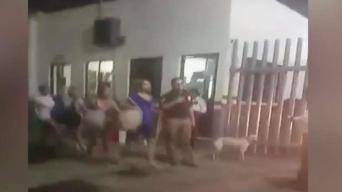 Video: Miles de migrantes cubanos escapan de agentes migratorios en Tapachula