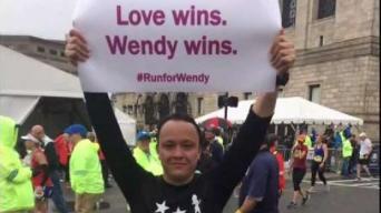 Prometido de Wendy Martínez corre maratón en su honor