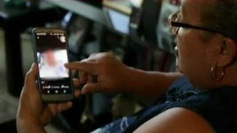 Puertorriqueña cae en trampa de amor por Facebook
