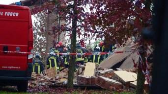Italia: mueren 3 bomberos tras explotar casa abandonada