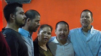 Hermanos condenados a la horca regresan a México