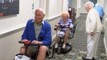 Amor sin edad: estos recién casados tienen más de 100 años