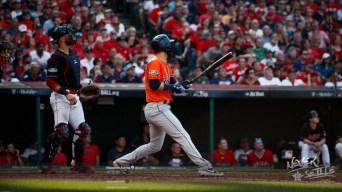 Astros aplastan a los Indios y van por la Liga Americana
