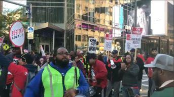 Trabajadores del Hotel Marriot protestan en Boston