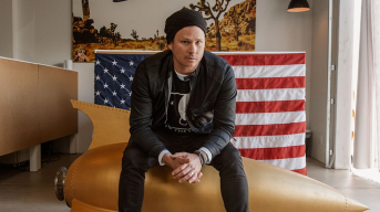 Tom DeLonge Revive Angels and Airwaves