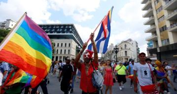 Arrestos y enfrentamientos: Cuba reprime marcha gay