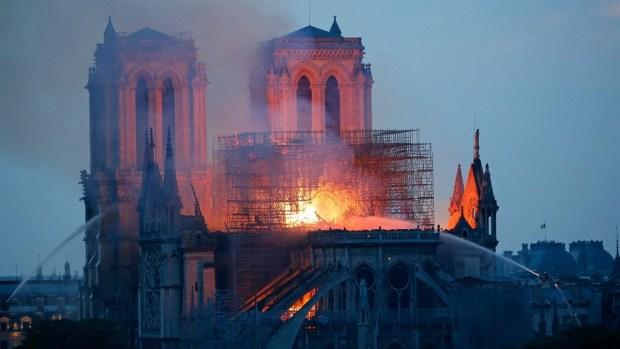 [WWC 2019 - PUBLICADO] ¡Por el Milagro! El deporte busca salvar Notre Dame