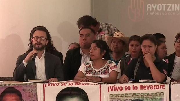 AMLO: ejército revelará información de Ayotzinapa