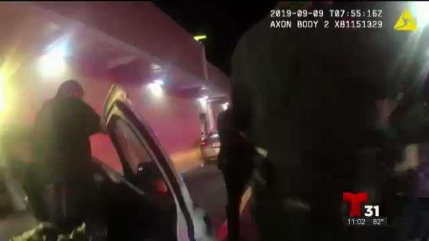 Policía: amenazan a empleado con armas por recibir la comida fría
