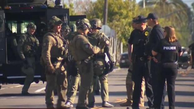 [TLMD - SD] Arrestan sospechoso que estrelló auto contra edificio