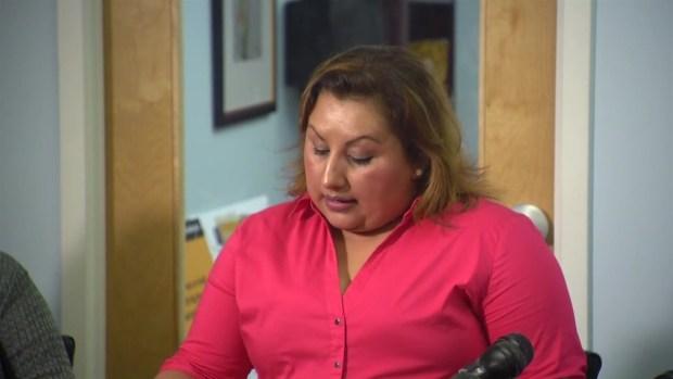 Marta Romero responde a preguntas de la prensa