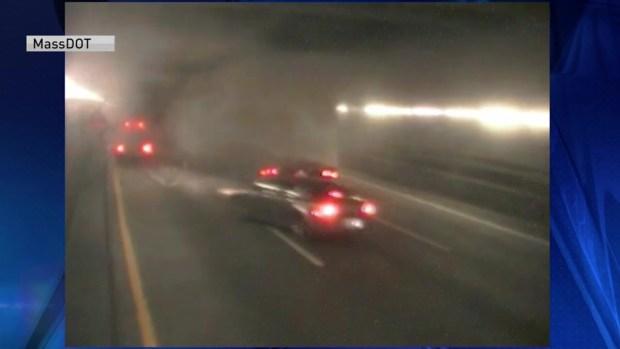 [TLMD - Boston] Tráfico pesado en Boston tras choque de camión