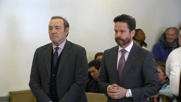 [TLMD - Boston] Presentan cargos de abuso sexual contra Kevin Spacey