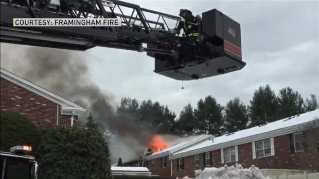 [TLMD - Boston] Bomberos responden a Incendio en condominios en Framingham