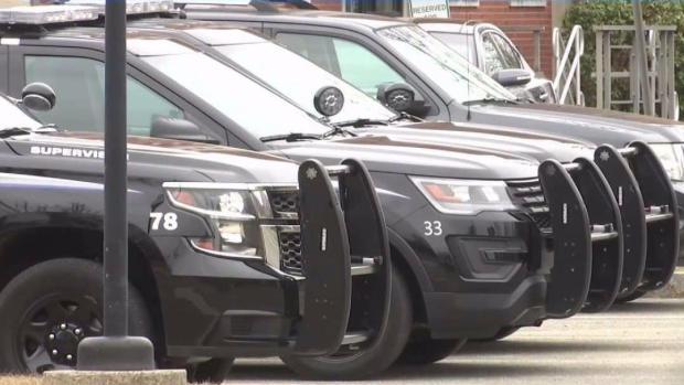 [TLMD - Boston] Denuncian que 8 policías locales compartieron información con ICE