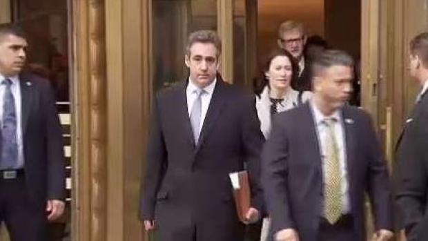 Condenan a la cárcel al exabogado de Trump