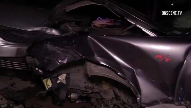 [TLMD - SD] Conductor se da a la fuga luego de chocar varios autos