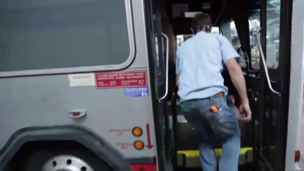 [TLMD - NY] Ducha sobre ruedas para desamparados neoyorquinos