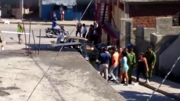 [TLMD - MIA] En Cuba reprimen marchas y arrestan opositores