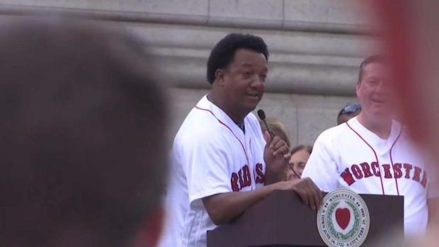 [TLMD - Boston] Festejan llegada de equipo de béisbol a Worcester