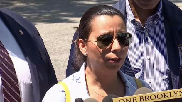 [TLMD - NY] Funcionarios claman la liberación de padre ecuatoriano