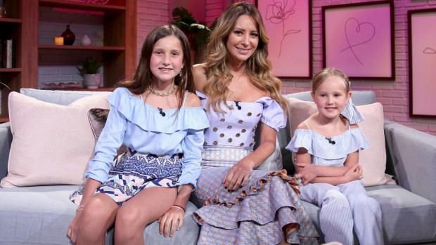 ¡Grandes y hermosas! Geraldine Bazán posa con sus niñas antes del Día de las Madres