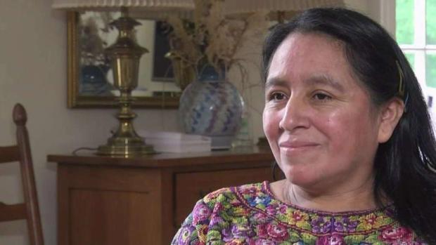 Inmigrante guatemalteca en iglesia de Virginia enfrenta multa