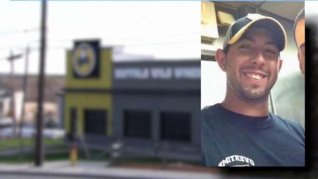 [TLMD - Boston] Identifican a trabajador de Buffalo Wild Wings que murió en accidente químico