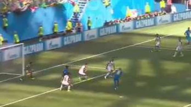 Increíble salvada de Navas tras bombazo de Neymar