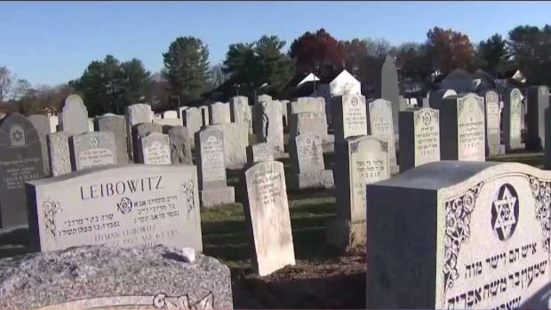 [TLMD - Boston] Investigan posible exhumación de cadáver en cementerio