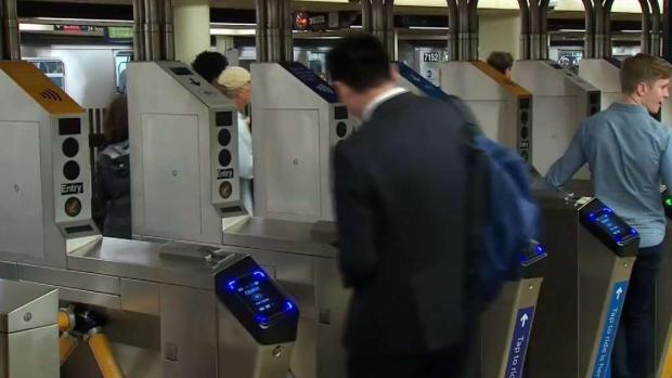 MTA lanza plan piloto de pago electrónico en el metro