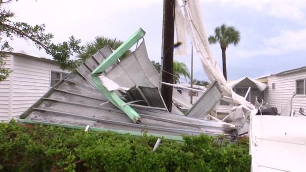 Tormenta Néstor toca tierra tras impacto de tornados