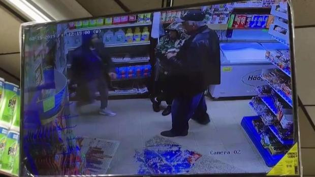 [TLMD - NY] NYPD: Hispan arremete a cuchilladas contra hombre