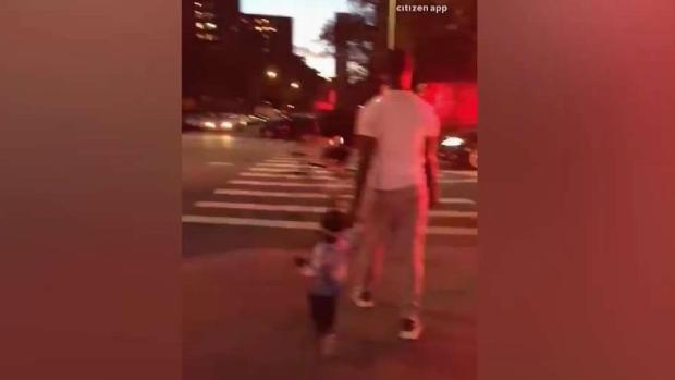 [TLMD - NY] Niño cae por ducto de basura en East Harlem