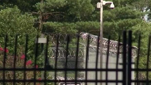 Anuncian nueva política en centros de detención de Alexandria