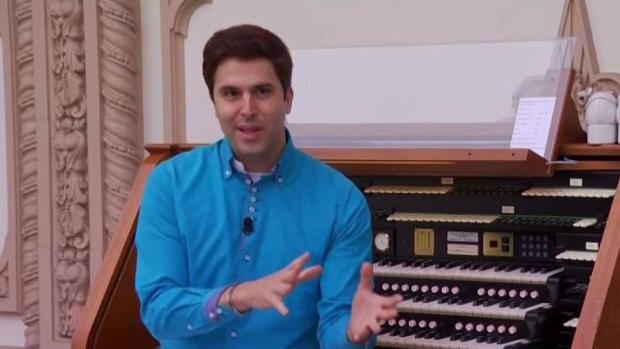 [TLMD - SD] Un orgullo hispano, el organista que toca con los pies