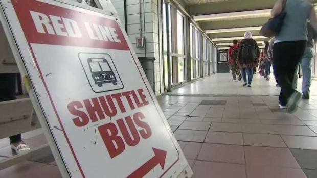 [TLMD - Boston] Pasajeros de MBTA afectados por descarrilamiento