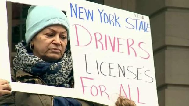 Piden licencias de conducir para indocumentados