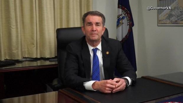 Gobernador Virginia pide disculpas tras escándalo por foto racista