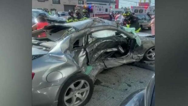 [TLMD - NY] Reportan cuatro heridos tras accidente en NY