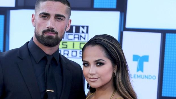 Becky G y su novio futbolista narran su historia de amor