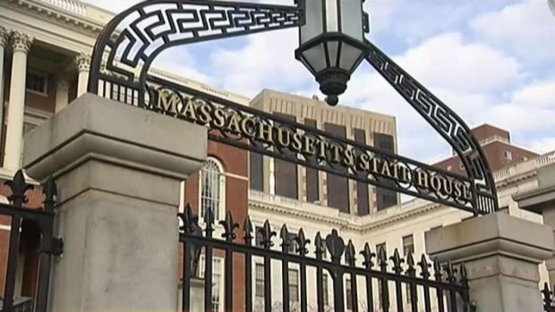[TLMD - Boston] Senado aprueba ley a favor de inmigrantes