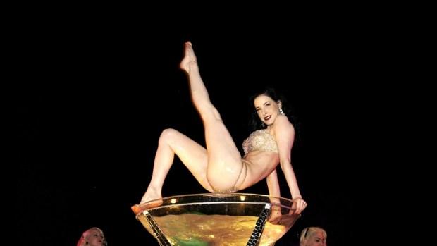 Fotos: Así es la Mansión Playboy por dentro