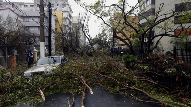 María se convierte en huracán y se dirige hacia Puerto Rico