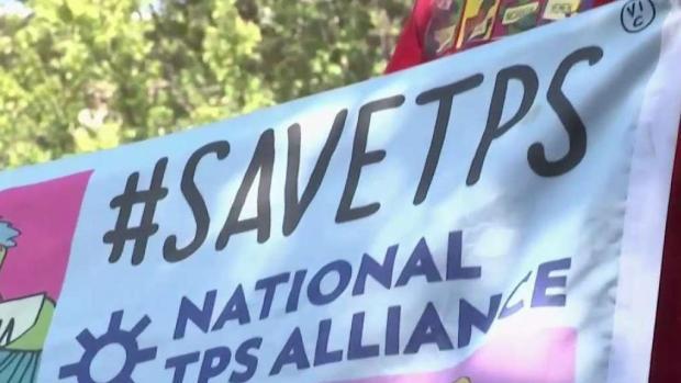 """Tus derechos al día: TPS y """"Visas U"""""""