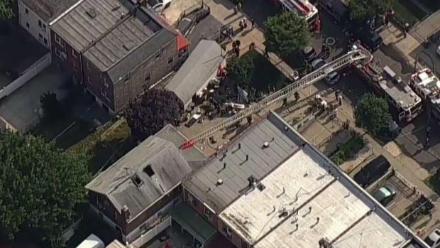 [TLMD - NY] Varios heridos en voraz incendio en una casa de Queens
