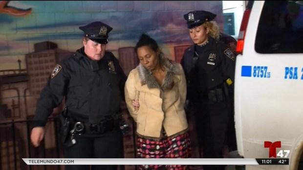 [TLMD - NY] Arrestan a sospechosa de robar un vehículo
